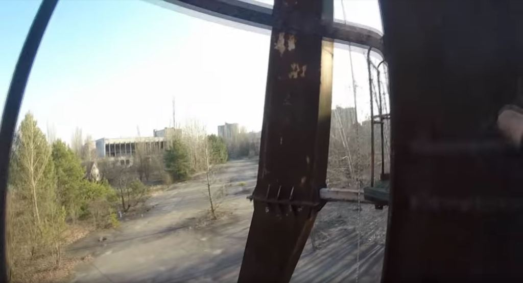 Escalando la Rueda de la fortuna de Chernobyl.