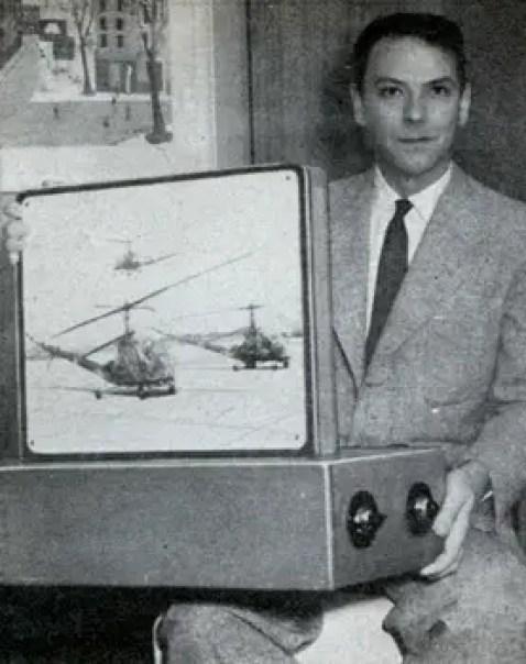 Fotografía de William Ross Aiken con su prototipo.