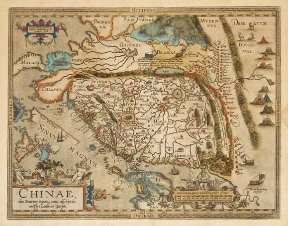 Mapa de China de Abraham Ortelius. Podemos notar los veleros de tierra en el margen inferior derecho.
