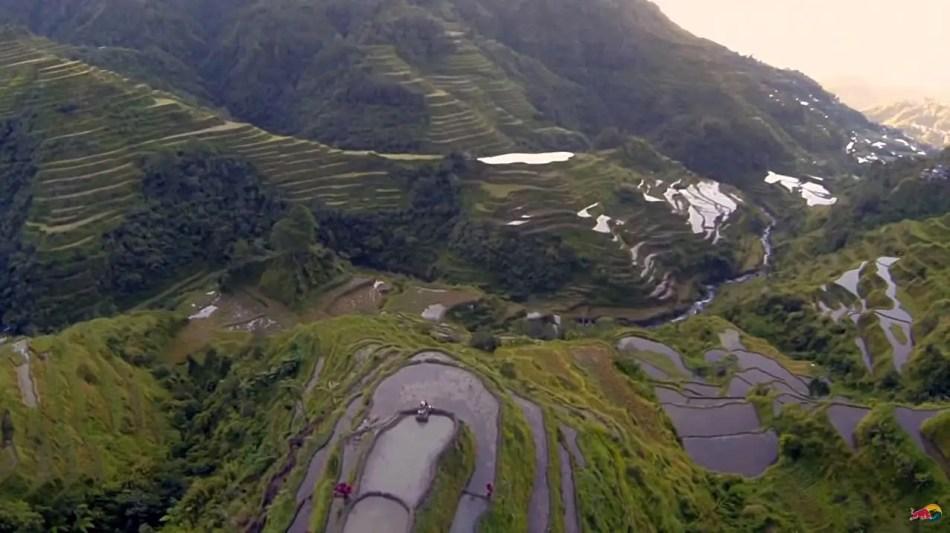 Wakeskating en las lantaciones de arroz de Banaue.