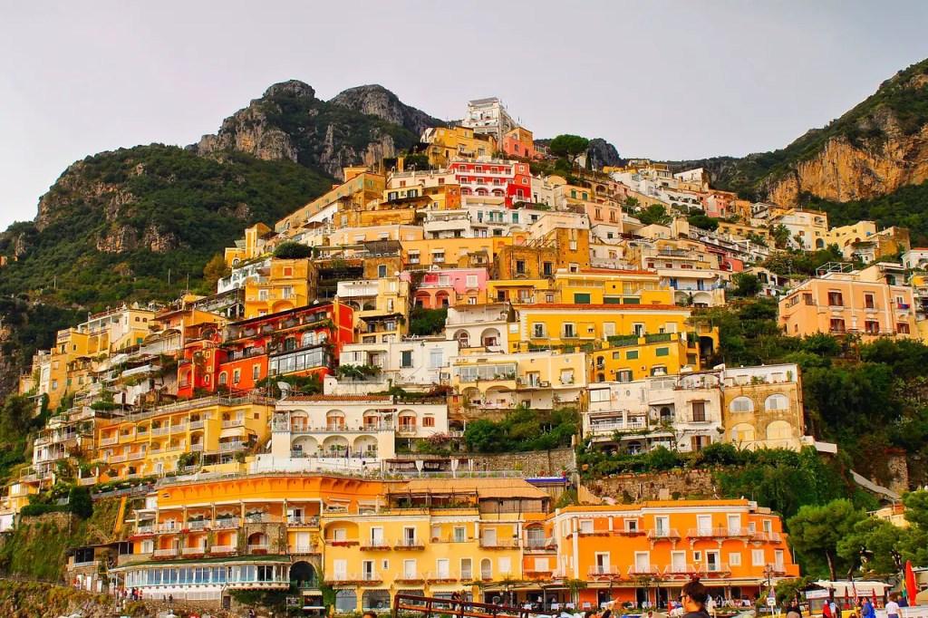 Las fachadas de las casas de Positano.