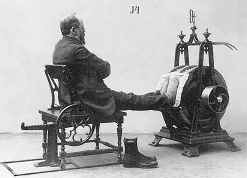 Una de las varias máquinas de gimnasio que Zander inventó para ejercitar las piernas.