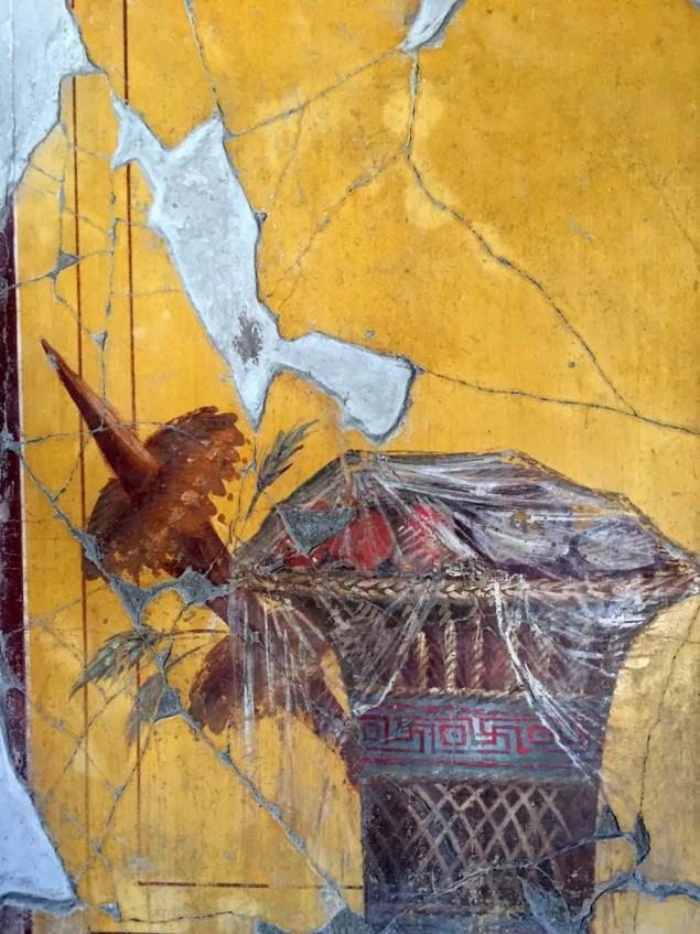Detalle del fresco de Oplontis que se asemeja a un celofán. ¿Plástico romano?.
