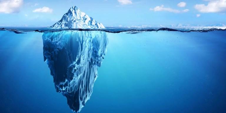 El significado de la frase «la punta del iceberg»