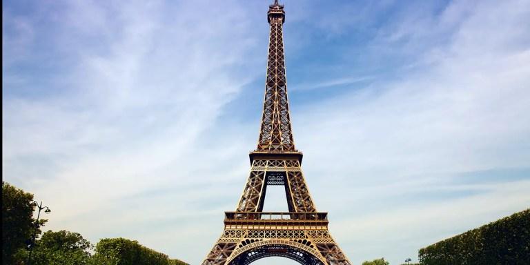 Victor Lustig, el hombre que vendió la Torre Eiffel y estafó a Al Capone