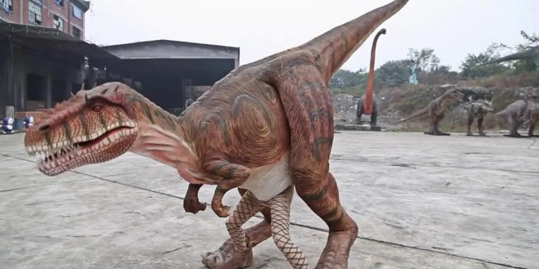 Los trajes animatrónicos de dinosaurio más avanzados del mundo