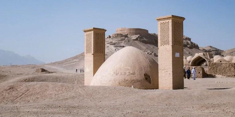 Exterior de un yakhchal, el edificio para hacer hielo persa.