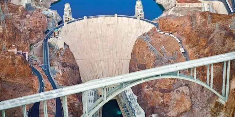 La construcción de la presa Hoover en unos pocos segundos