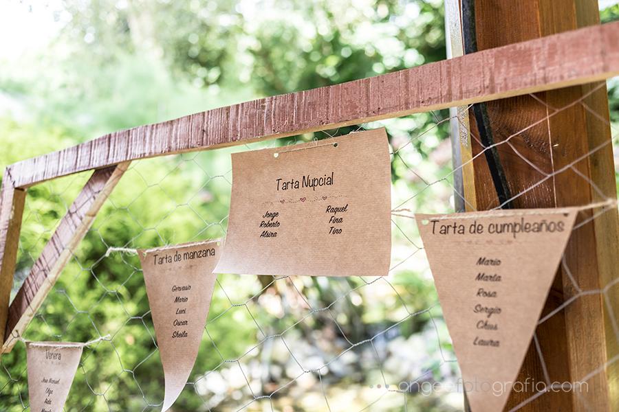 Detalles en la boda de Raquel y Jorge meseros