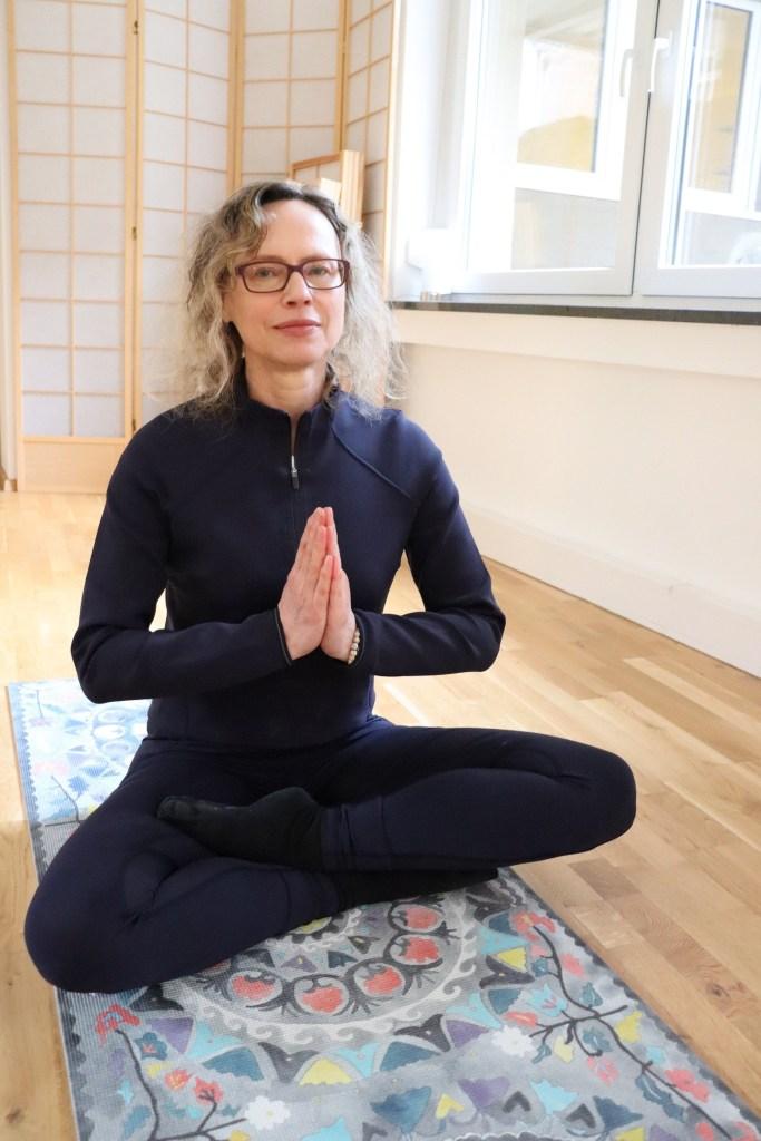 Folge 13 Aus dem Auge des Taifun - Meditation um mit dem Körper in die Ruhe zu kommen