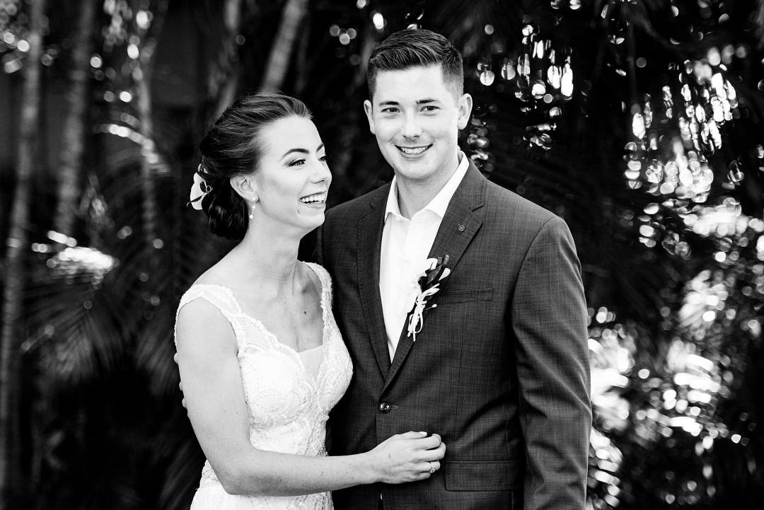 bride and groom portrait at olowalu plantation house