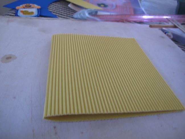11-cortar-carton-corrugado