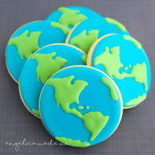 Earth Day Globe Cookies