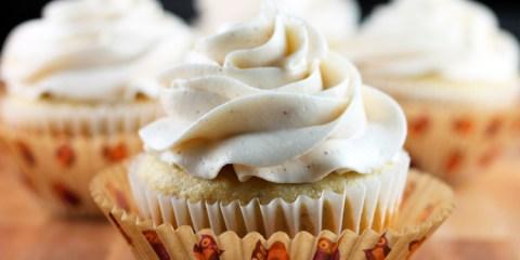 Banana-Cupcakes-Feature