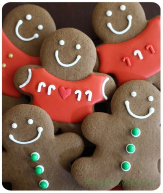Christmas-Gingerbread-Cookies-01