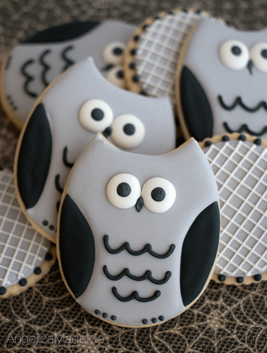 Halloween-Owl-Gray-Sugar-Cookies