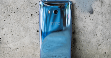 htc u11 silver 3 0 - HTC U11 Full Specification and Price