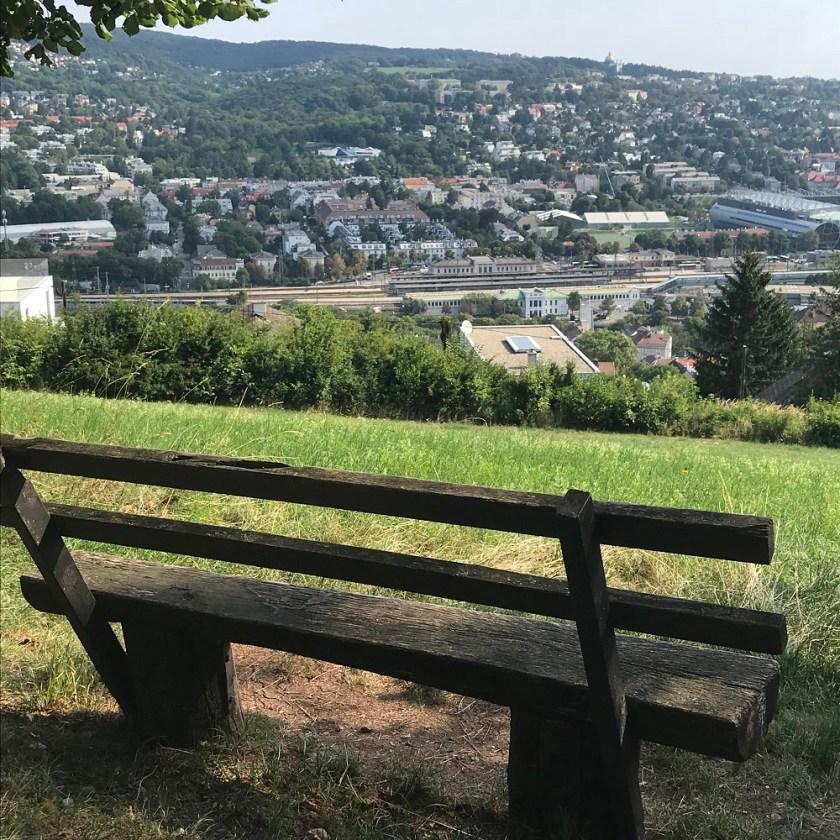 Blick vom Hackenberg ins Wiental