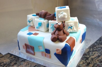 chocolate cake, sugarpaste bears, blue and brown
