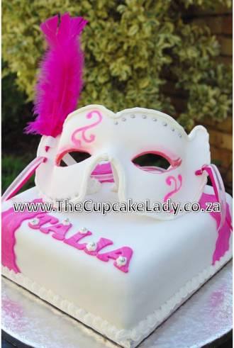 sugarpaste, fondant, mask, pink, white, silver, masked ball, masquerade, chocolate cake