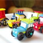 Cake artist, sugar artist, Vorna Valley, Midrand. hand made sugar paste tractors