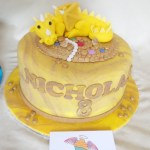 Cake artist Midrand. Cakes, cupcakes, sugar art. Custom made. Hand made. single tier vanilla cake, with a hand made sugar paste dragon and treasure as removable cake topper, cake artist, sugar artist, Vorna Valley, Midrand