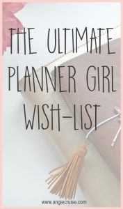 Do you have a planner girl on your gift list this year? I've put together the perfect list of fun and unique gifts for the planner lovers in your life!