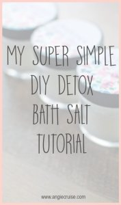 Bath salts are by far one of the easiest DIYs I've ever done. They're so popular for gifts, too! If you need a quick gift idea, try DIY bath salts today!!