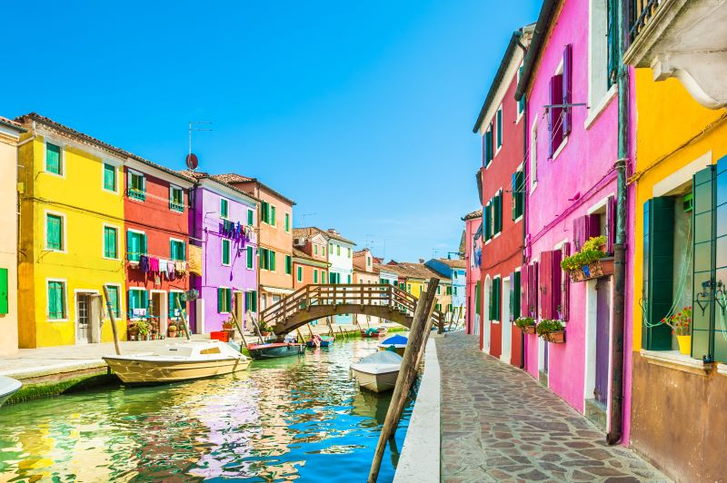 This image has an empty alt attribute; its file name is Burano-Island-small.jpg