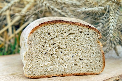 Some people may avoid eating bread because it's a carbohydrate food. However, when made with the right ingredients, bread can be a healthy food.