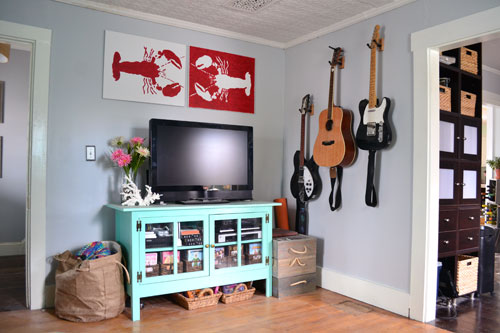 Hang Guitar On Wall guitar hanging - angie's roost