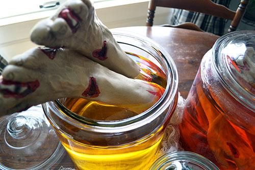 Use Glass Jars As Halloween Decor