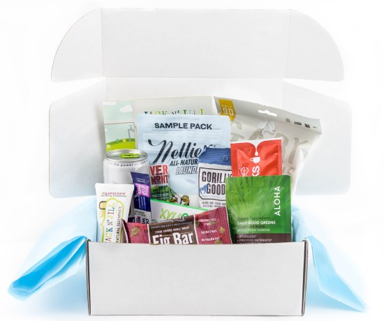 Subscription Box Review: Daily Goodie Box