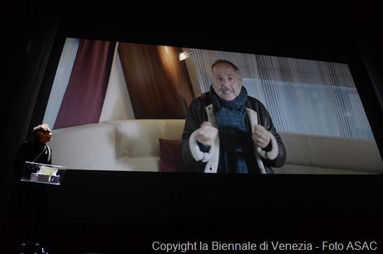 26826-Awards_Ceremony_-_Volpi_Cup_for_Best_Actor_-_F._Luchini_-____la_Biennale_di_Venezia_-_Foto_ASAC__3_