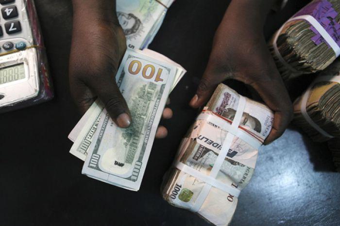 Detidos cidadãos com mais de 100 mil dólares americanos falsos dólares