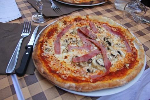 Pizzeria Pepone (Paris, France) 1