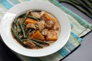 Ginataang Sitaw at Kalabasa (Squash and String Beans in Coconut Cream Sauce) 1