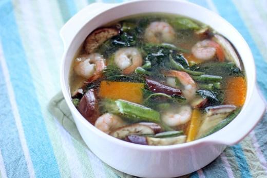 Laswa (Tropical Vegetable and Prawn Soup) 1