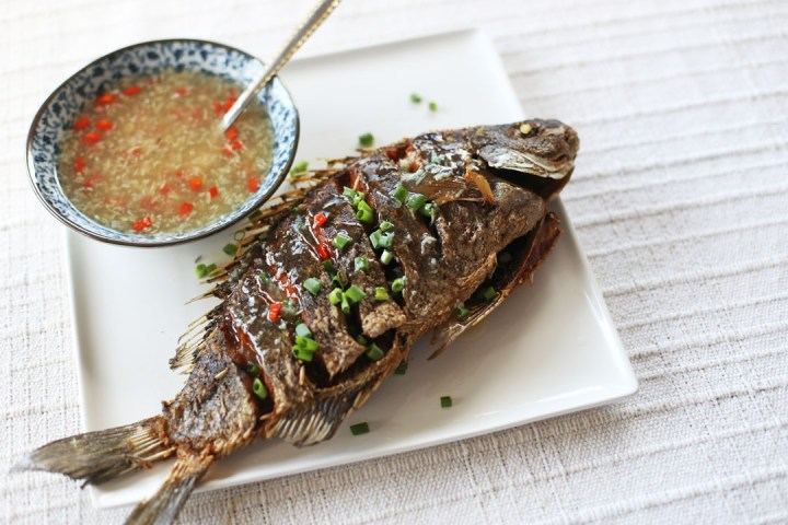 Crispy Fried Fish in Ginger Garlic Sauce Wide