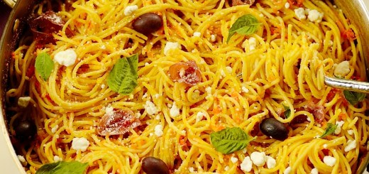 Guest Post : Denise from From Brazil To You featuring Carrot Spaghetti with Prosciutto and Goat Cheese 1
