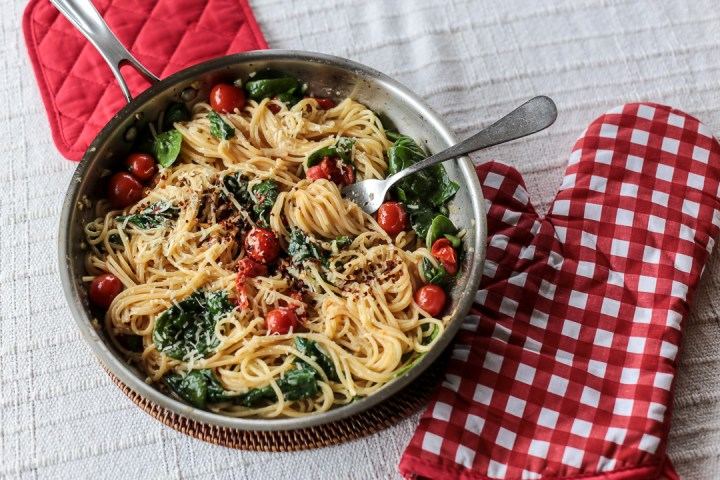 Cherry Tomato, Basil, Spinach and Parmesan Pasta Wide