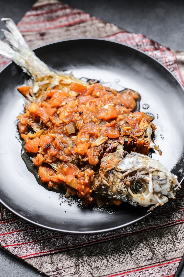 Fried Fish in Tomato Sauce - Ca Chien Sot Ca Chua