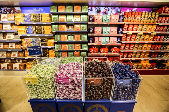 Lindt Factory Store 02