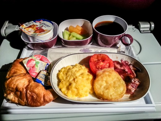 You know it's a long flight if you are having 6 meals in a plane 4
