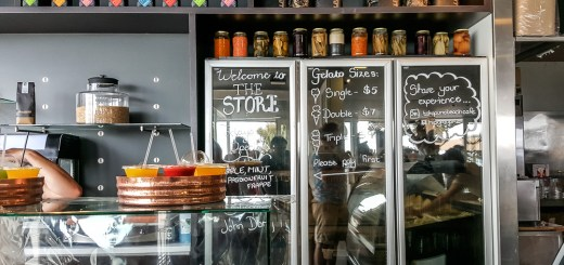 Takapuna Beach Store and Cafe (North Shore City, New Zealand) 9
