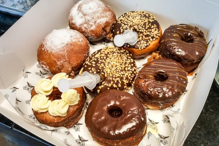 Al's Deli Donuts 05