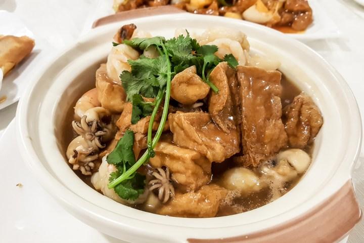 NO.1 BBQ & Seafood Restaurant 08