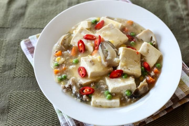 soft-tofu-mince-and-peas-wide