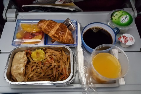 Hong Kong Airlines 06