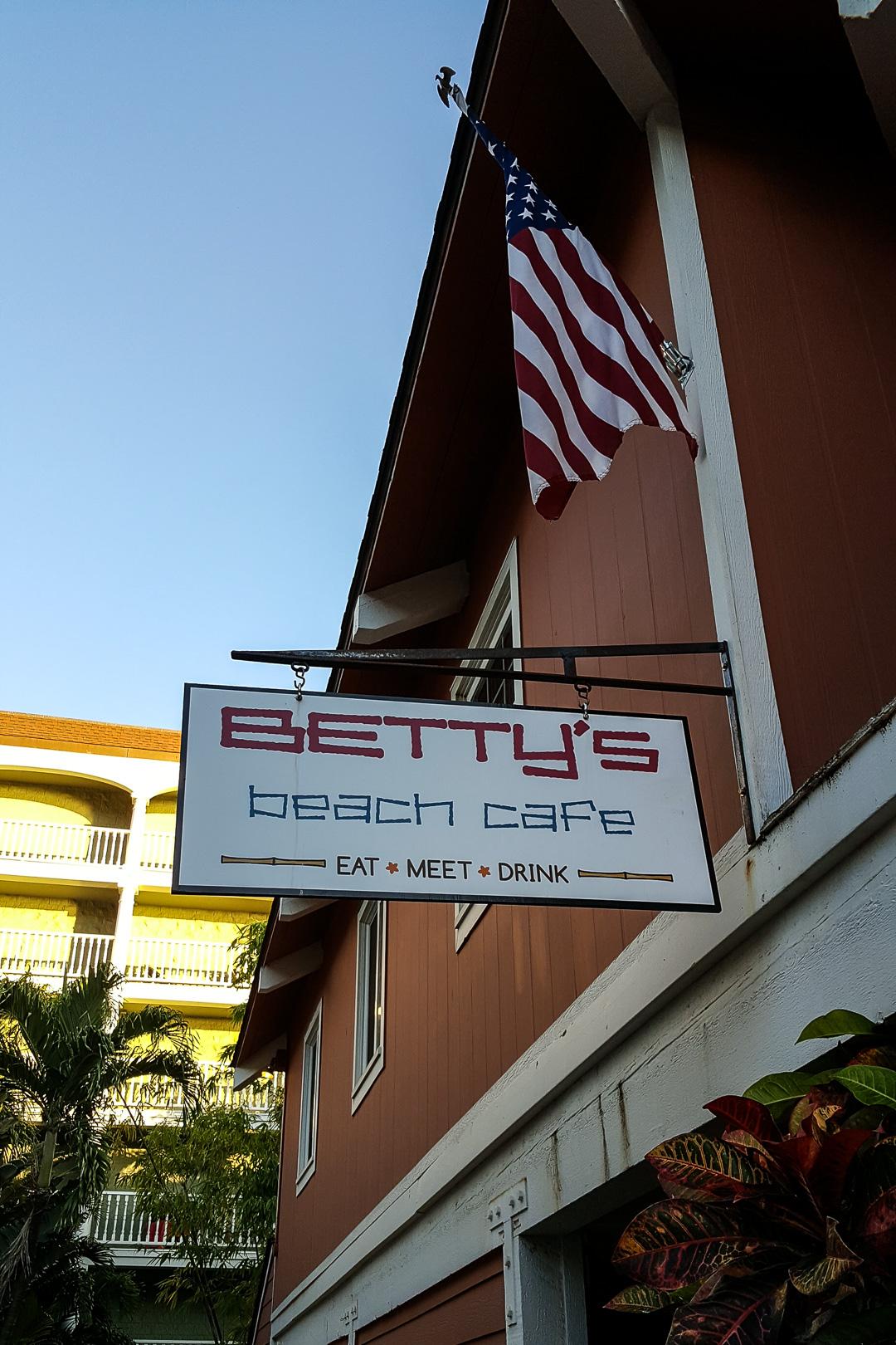 Betty S Beach Cafe Happy Hour